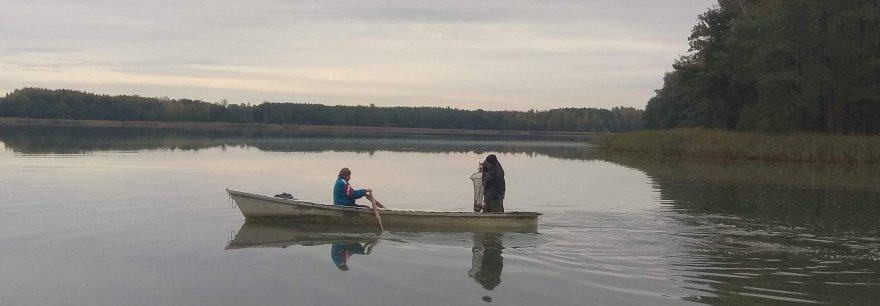 Zarybianie jezior